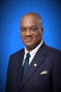 Minister van Financiën Ronald Tuitt
