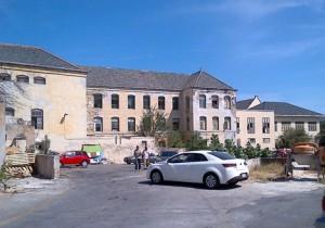 Rodriques zegt dat het nieuwe ziekenhuis zeker niet alleen om een mooi gebouw draait en de kwaliteit van de zorg hoog op de agenda staat. Foto Elisa Koek