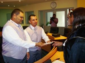 De eerste mannen die met elkaar trouwen op Bonaire - foto: uit het album van het echtpaar