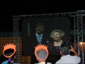Het historische moment op een scherm in Rincon - foto: Belkis Osepa