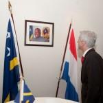 Ronald Plasterk komt naar de begrafenis van Helmin Wiels Foto: Nico van der Ven