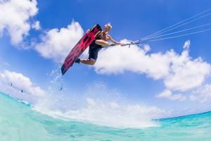 De professionele Nederlandse kitesurfer Ruben Lenten  Foto: KRB