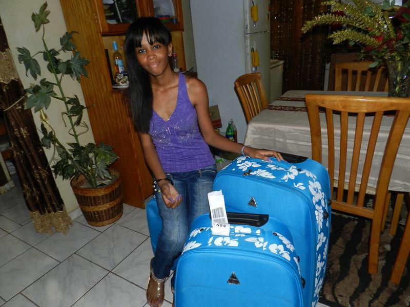 Anelies Abrahams vertrekt als bursaal naar Nederland - foto: Belkis Osepa