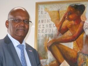 Justitie Minister Dennis Richardson - foto Today / Hilbert Haar