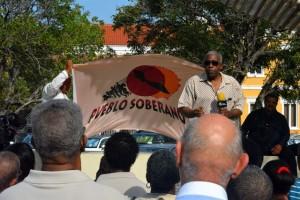 Demonstranten eisen een zuivering van het politie- en justitiële apparaat - foto: Dick Drayer