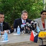Volgens premier Mike Eman is weinig terecht gekomen van de samenwerking tussen Aruba, Curaçao en St.Maarten, dat in 2010 werd vastgelegd in het Akkoord Arikok - foto: archief