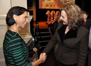 Sarah Wescot-Williams met Edith Schippers die als Machtigste vrouw eindigde - foto: Suzanne Koelega