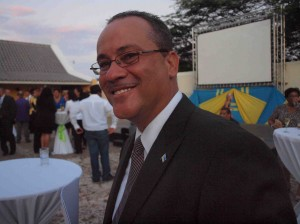 Minister Mike de Meza: Foto: Ariën Rasmijn