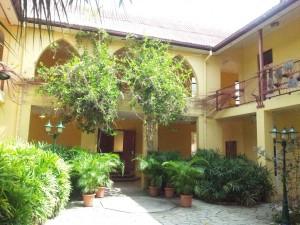 Binnenplaats van de Universiteit van Aruba. Foto: Ariën Rasmijn