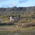Politie onderzoekt uitgebrande auto met verkoold lichaam - Foto: Extra Boneiru / Boi Antoin