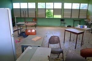 Een klaslokaal van de Maris Stella VSBO na de inbraak | Foto Dick Drayer
