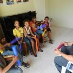 Kinderen maken kennis met muziek - foto: Belkis Osepa