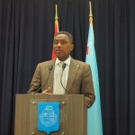 Minister Dowers - foto: Ariën Rasmijn