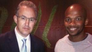 Ahmed Aboutaleb met Archell Thompson - foto: boek 'De Naakte Antilliaan'