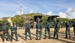 Cursisten van het Sociaal Vormend Traject beginnen aan hun lange mars - Foto: Defensie Voorlichting
