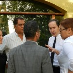 Verdediging in conclaaf met de verdachten na strafeis OM - foto: Belkis Osepa