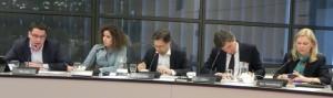 Van Laar, Hachchi, Van Raak, Litjens en Van Toorenburg tjdens met Plasterk debat op 10 april - foto: Jamila Baaziz