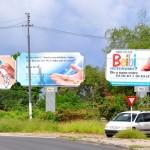 Er is ook geen duidelijk wet cvoor adverteren langs de weg - foto: Dick Drayer