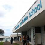 Gwendoline van Putten School is de enige middelbare school op Statia - foto: Anneke Polak