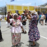 Traditionele klederdracht op Dia di Rincon - foto: Belkis Osepa