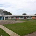 Gwendoline van Puttenschool is de enige middelbare school op het eiland - foto: Anneke Polak