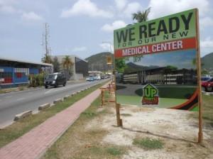 Theo Heyliger's UP belooft kiezers een nieuw ziekenhuis. Foto Today / Hilbert haar