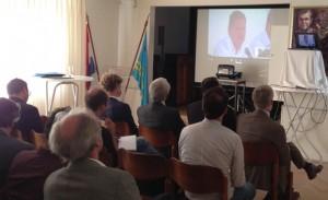 Arubaanse persconferentie via videoverbinding in Nederland - foto: Emil Andel