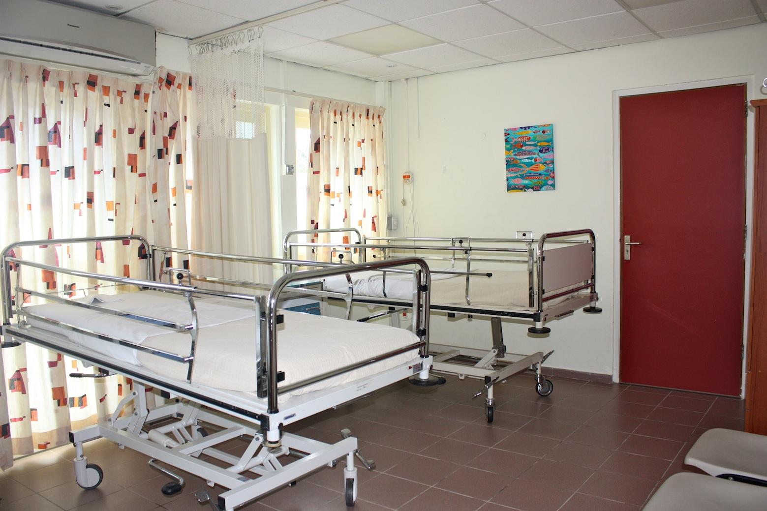 Afbeeldingsresultaat voor in de kliniek liggen