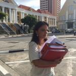 Advocaat Alicia Blonk verlaat de rechtbank - foto: John Samson