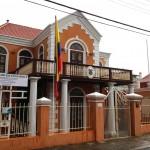 Het Colombiaans consulaat was tegen het einde van de middag weer bereikbaar - foto: Anneroos Nigten
