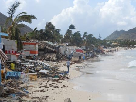 Ravage Op Sint Maarten Door Orkaan Gonzalo Caribisch Netwerk