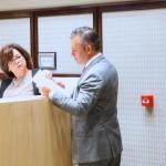 MFK-leider Gerrit Schotte dient een motie in - foto: MFK