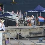 Cruisetoeristen komen aan wal in Bonaire Foto: Extra Bonaire