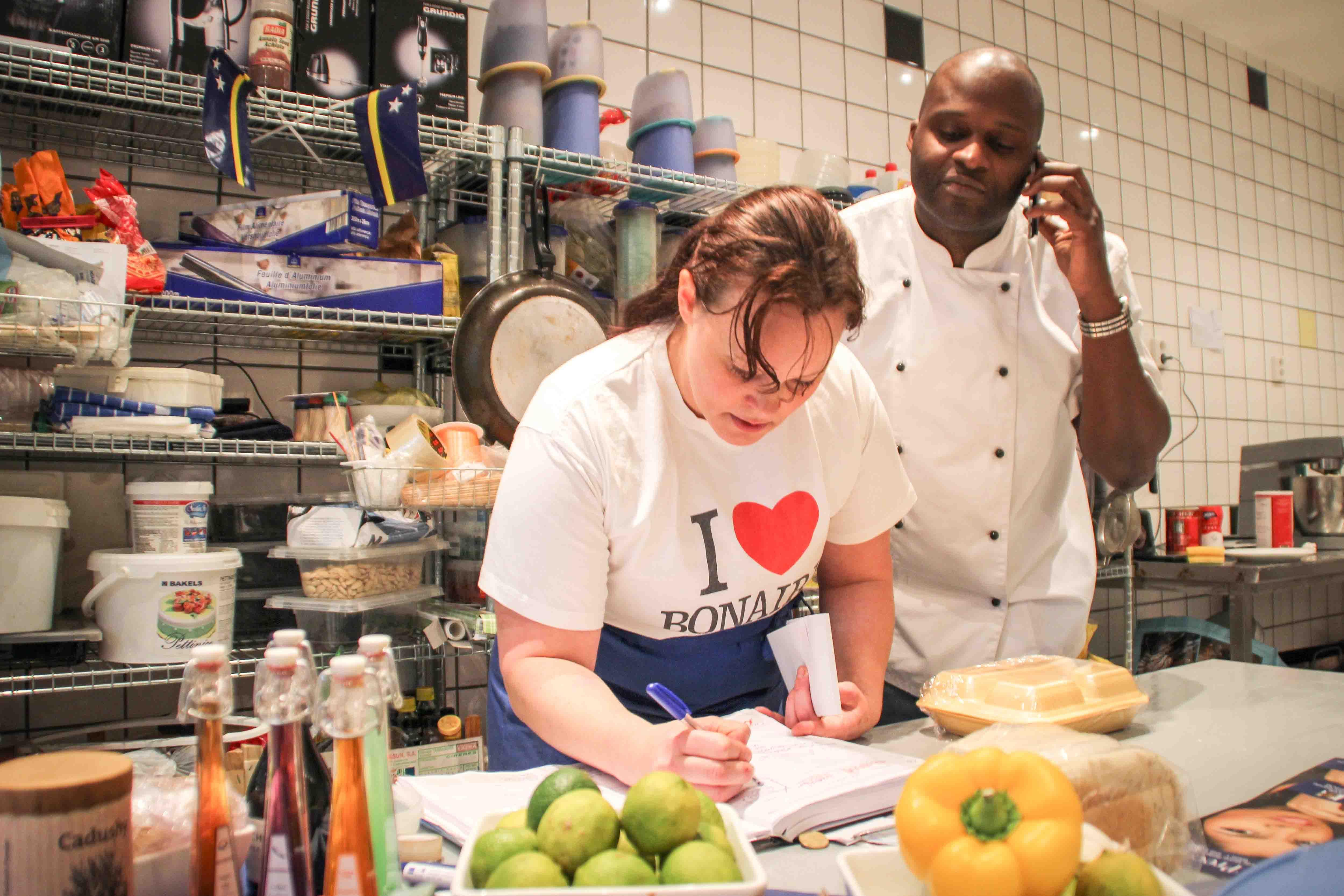 Speciaal Antilliaanse Keuken : Antilliaanse cateringbedrijven in nederland draaien overuren