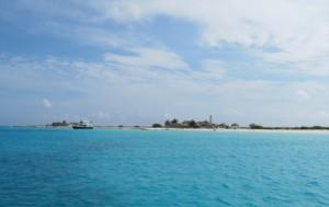 In de 18e eeuw werd er wel aan fosfaatwinning gedaan op Klein Curaçao - foto: Leoni Leidel-Schenk