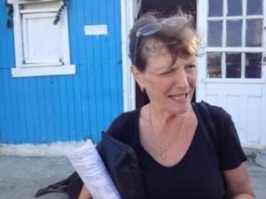 Agnes Cobelens helpt ook minderbedeelde moeders die thuis willen bevallen, omdat zij de kosten van kraamzorg niet kunnen betalen - foto: Jean Mentens