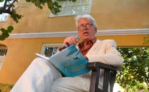 Sjoerd Kuyper leest voor uit 'De Duik' | Foto: Dick Drayer