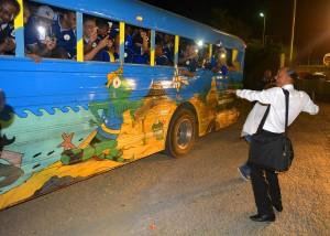 De spelers vieren feest in de spelersbus| Foto: Dick Drayer