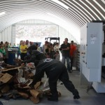 Recycling demonstratie bij de nieuwe  afvalverwerkingsfaciliteit - foto: Hazel Durand