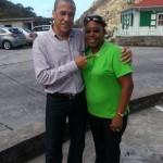 Clifton Walle met Paula Mayers,deel nemer van de focusgroep - foto: Hazel Durand