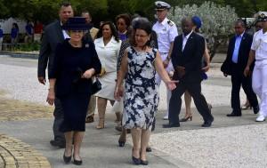 Prinses Beatrix en initiatiefnemer Michèle Russel Capriles | Foto Dick Drayer