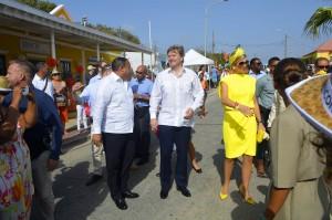 Het Koningspaar wordt verwelkomt in Rincon | Foto Dick Drayer