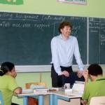 Staatssecretaris Dekker van Onderwijs voor de klas op Bonaire: zijn richtlijnen worden niet in dank afgenomen - Archieffoto: Janita Monna