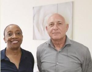 MOT-directeur Ligia Stella en analysten coordinator Hans de Graauw - foto: Hilbert Haar