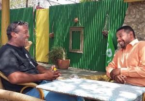 Leden van VIBA willen verandering op Banda Bou en zijn niet van plan zich stil te houden. Foto: Elisa Koek
