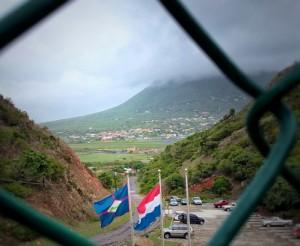 Statia wilde bij  de Antillen blijven, maar omdat dit geen optie was, werd het eiland een gemeente van Nederland. Foto: Elisa Koek