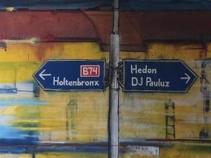 Een graffiti piece in Zwolle herinnert aan de tijd dat Holtenbroek een beruchte wijk was - foto: Pieter Hofmann