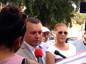 Gerrit Schotte en Cicely van der Dijs na afloop van de zitting - foto: Anneke Polak