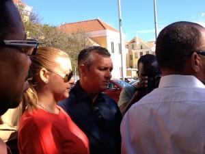 Van der Dijs (links) en Schotte laten direct na de uitspraak weten in hoger beroep te gaan - foto: Anneke Polak