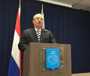 Minister Mike de Meza. Foto: Ariën Rasmijn